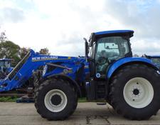 New Holland T7.225 AutoCommand + Loader