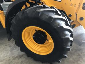 JCB Michelin XMCL
