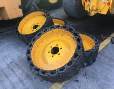 SOLID WHEELS TO FIT JCB SKID STEER