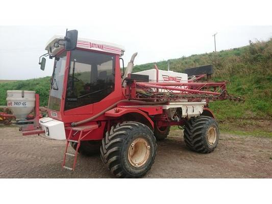 Bateman 1999  RB25 Self Propelled Sprayer