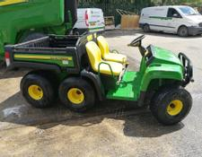 John Deere TH 6x4 Gator
