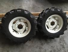 New Holland Radsatz 280/70 R16//360/70 R24